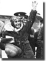 Jean Batten arrives at Croydon, England on 29th. April 1935. After completing her solo flight Australia/England.