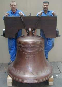 Picture of the replica Liberty Bell