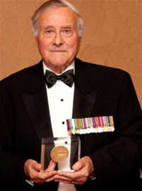 Mac Gregory recipient of Shrine of Remembrance Medal for 2010 - click to read more